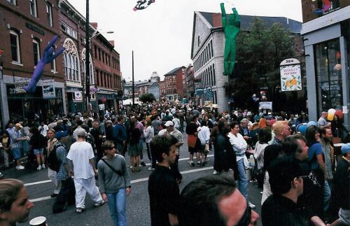 old-port-fest-crowd